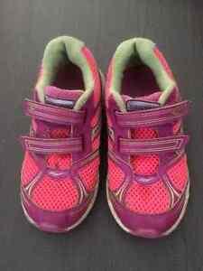 Souliers (shoes): de $5 à $15+PATINS(SKATES) West Island Greater Montréal image 2