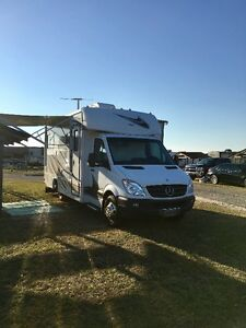 Diesel Mercedes Sprinter RV Jamboree Sport DSL by Fleetwood
