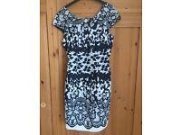 Lipsy dress size 10 BNWT