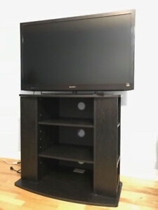 """Moving Sale! SONY Bravia EX52 40"""" in great condition"""