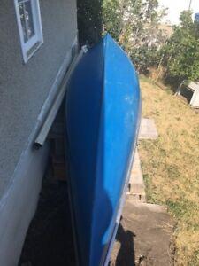 Canoe 17 foot fiberglass