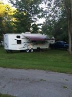 2007 fifth wheel camper