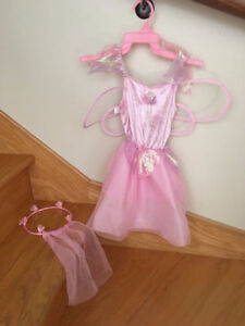 FEE Costume Halloween Fairy Rose Pink Aisles Wings Gr. 2 ans