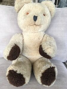 Looking for Teddybear Collectors or those who love them