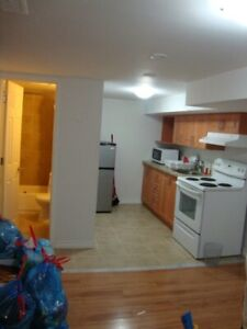 Great Bachelor Apartment. WEEKLY RENTAL @ Pharmacy and Sheppard