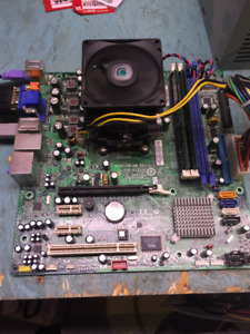 2 X Kit motherboard+amd 9500 Quad-Core cpu+2 gig