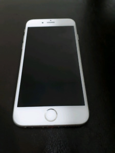 IPhone 6s Silver 32gb LIKE NEW CONDITION only 5months old !