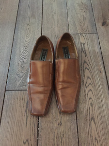 Brown Leather Shoes 7.5 Size