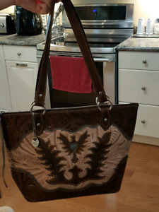 AUTHENTIC AMERICAN WEST PURSE