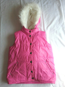 The Children's Place girl's pink outdoor vest, size Large 10/12