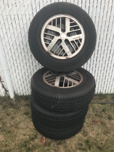 Pneus et jantes d'occasion/Used tires and rims