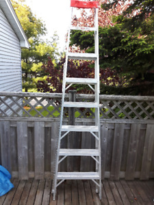 Barely Used 8 Foot Aluminum Step Ladder