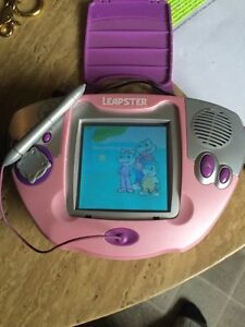 Free girls leapster learning system and carrying case