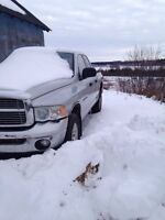 2003 ram 1500 5.7l $1700!! If gone today!!