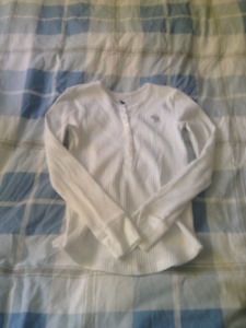 Abercrombie Kids henley top, white size 9-10