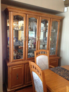 Dining table/chairs & China Cabinet Hutch