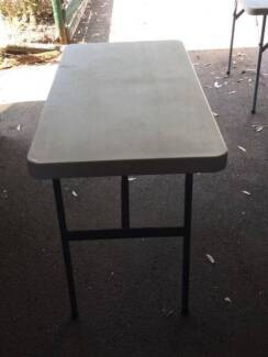 CAMPING TABLES PLASTIC