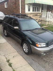 2005 Subaru Forester XS SUV, Crossover (MANUAL TRANS)