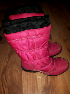 Girls Size 1 Cougar Winter Boots