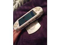 White Sony PSP