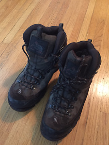 The North Face - TNF 68 Hiking Boots - Worn Twice