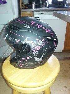Gmax womans helment