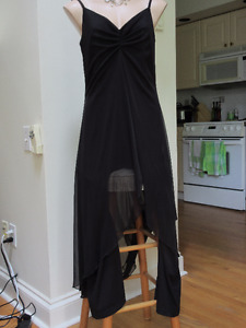 Women's Size 12 Back Pant Suit - Great for  evening event
