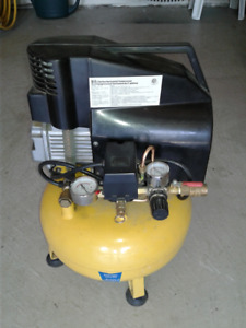 Power Fist 5 Gallon Pancake Compressor for Parts