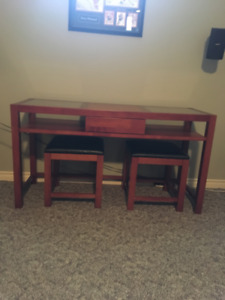 Table / Desk with 2 stools