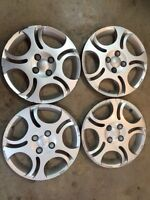 """15"""" Saturn ion hubcaps"""