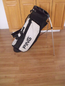 Golf stand bag and pull cart located in Peace River
