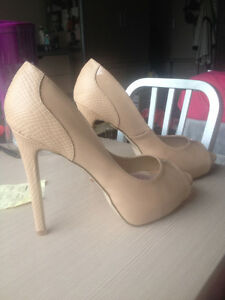 Brand new unworn heels! $20 only - size 7.5 - 9