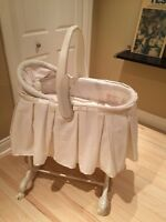 The First Years Bassinet