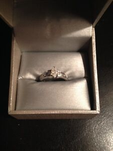 Diamond Engagement Ring ONLY 800$