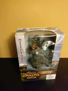 McFarlane's Dragons Series 1 - Eternal Clan Dragon Deluxe