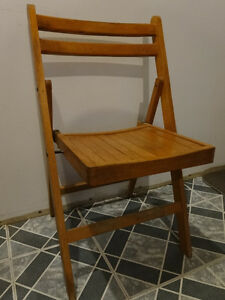 Wooden Vintage Chair from the 60s or earlier?? Gatineau Ottawa / Gatineau Area image 1