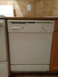 Dishwasher and 5 other Appliances - Kitchen and Laundry