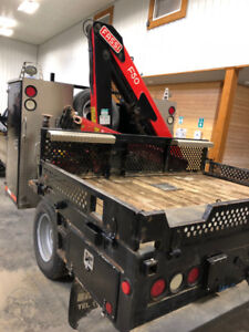 2018 Chevrolet Silverado 3500 WT with Fassi F50 Picker