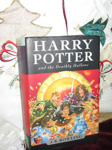 Harry Potter *NEW*NEVER READ* and the Deathly Hallow (Hardcover)