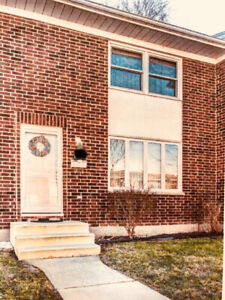 For rent 3 BR North Sarnia Condo (Wiltshire) Available Now!