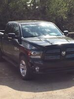 2014 Dodge Sport Black, AWESOME Truck for  GREAT price
