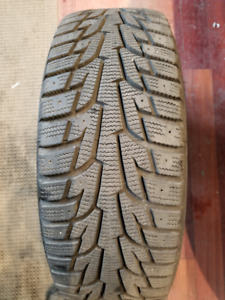 4 PNEUS D'HIVER , 4 WINTER TIRES