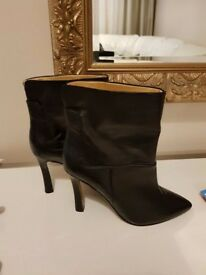 Nine West - high heel ankle boots size US 6.5
