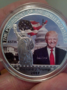 Large 40mm Donald Trump United States President Coin.