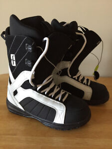 Brand New Size 11.5 Forum Fastplant Boots