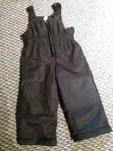 Size 2T black snow pants London Ontario image 1
