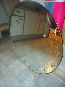 """VINTAGE ROUND REVERSE ETCHED MIRROR - 28"""" ACROSS"""