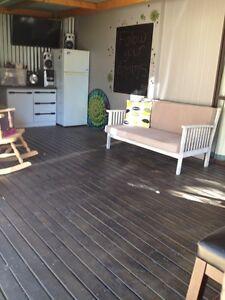 Cabin + caravan For sale set on Loddon river. Hoppers Crossing Wyndham Area Preview