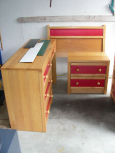 4pc Solid Pine Bedroom Set