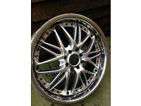 17 inch alloy/chrome wheel
